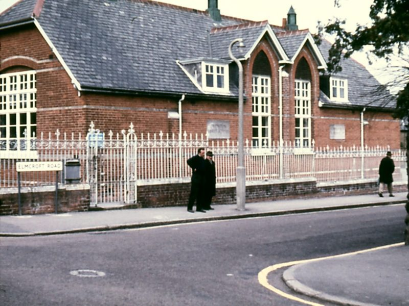 0207-903-orpington-1971-chislehurst-rd-infants-school-lf