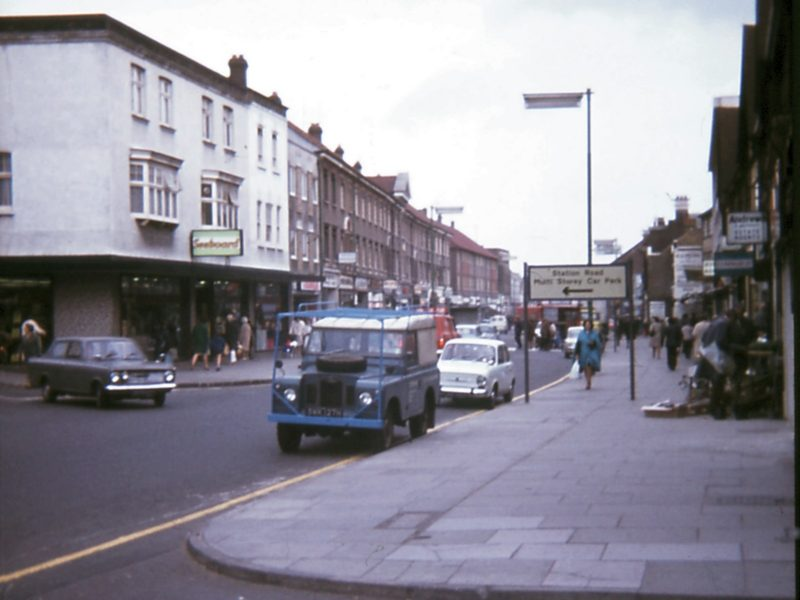 0207-915-orpington-1971-high-street-seeboard-lf