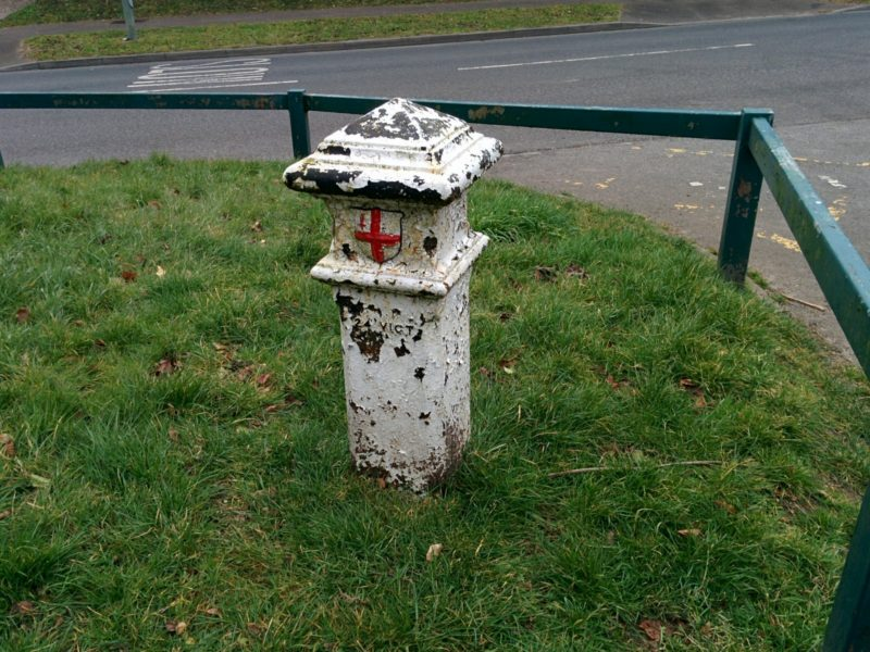 coal-post-199-chelsfield-lane-g