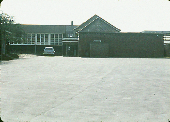 0207-902-orpington-1971-charterhouse-road-school-2-lf