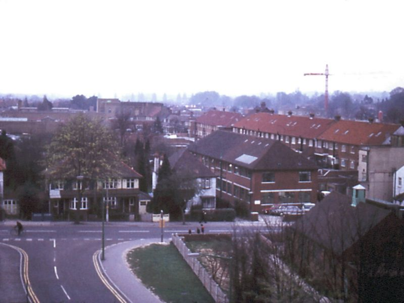 0207-913-orpington-1971-station-rd-cp-looking-n-lf